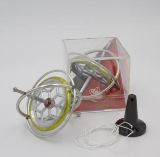 KI810006 - Gyroscope USA Das Original