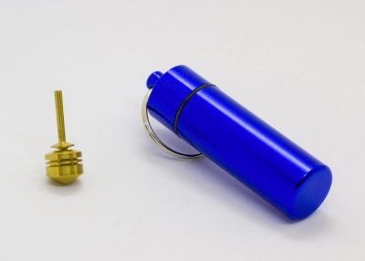 B770_4 - Schlüsselanhänger mit Mini-Kreisel blau