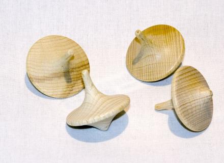 MM1933 - Holzkreisel in Chinaform