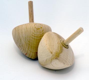 F1011005_2 - Handkreisel Karottenform roh