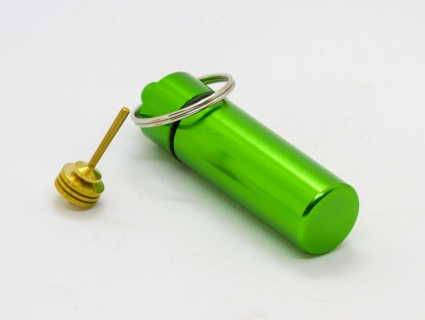 B770_3 - Schlüsselanhänger mit Mini-Kreisel grün