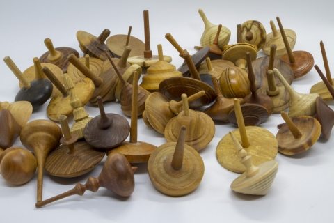 KS301 - Wooden tops from a tops collection