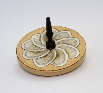 KS436 - Wooden top with horn inlay