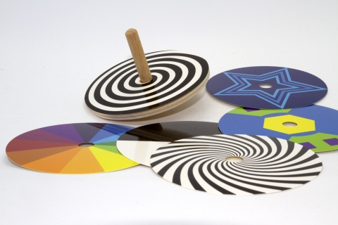 KRA105246 - Color disk spinning top